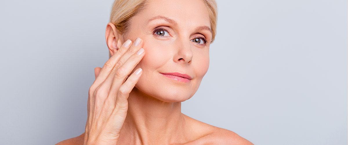 Skin tightening model 02, Skin Confidence Clinic